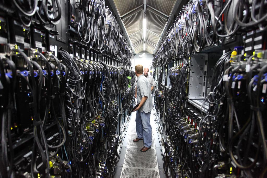 Quel est le rôle de l'administrateur réseau en entreprise ?